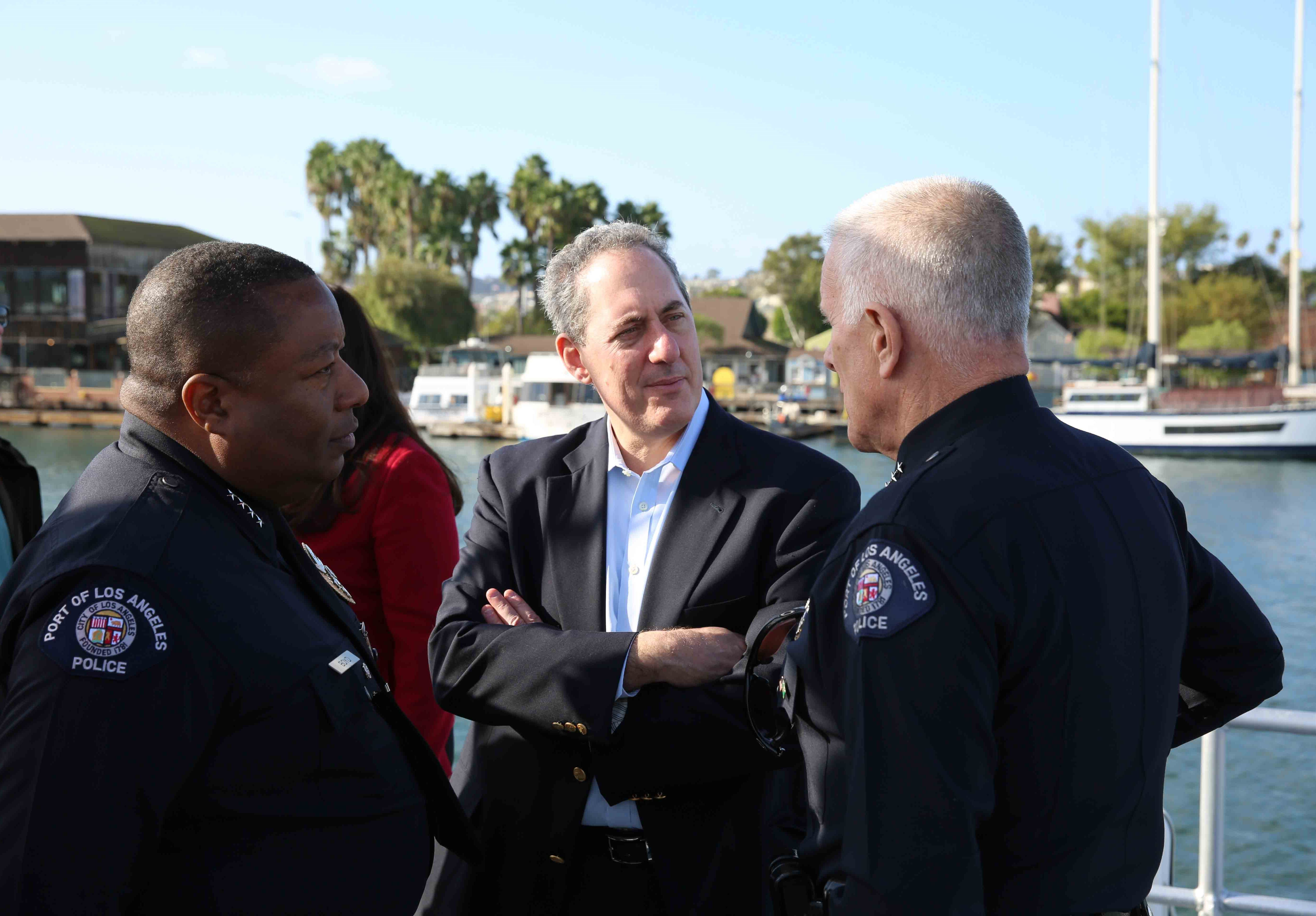 A visit to the port of los angeles supporting u s jobs for La port police