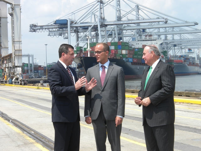 Ambassador Marantis tours the Port of Savannah